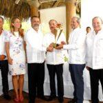 Hoteleros del Este reconocen a Danilo Medina por su aporte al desarrollo turístico de la región