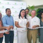 Empresario Frank Rainieri entrega obras comunitarias en Higüey